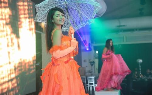 רקדניות לאירועים באירוע מושלם